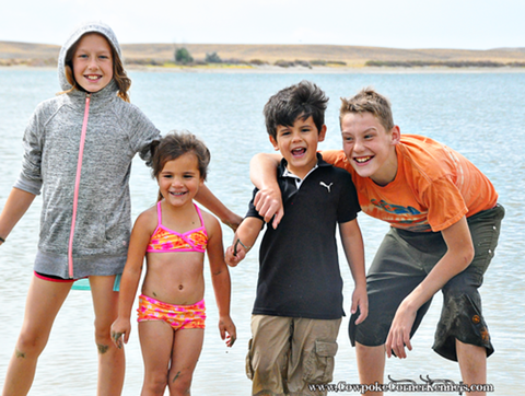 kids-at-lake 0858